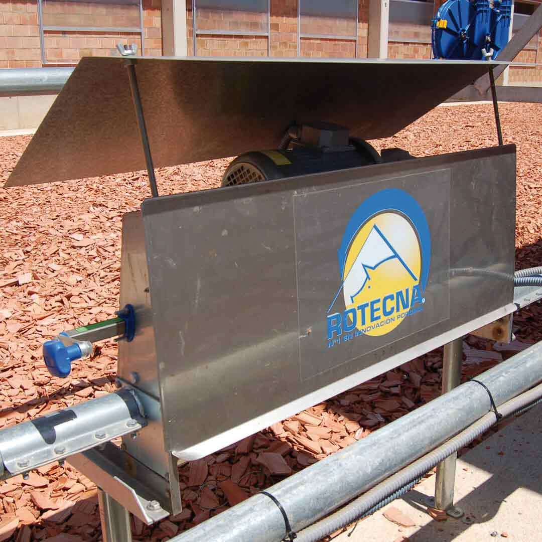 Image 4 of Chain Feeding System